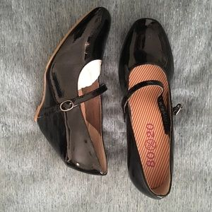 80%20 Black Patent Leather Mary Jane Shoes 8.5